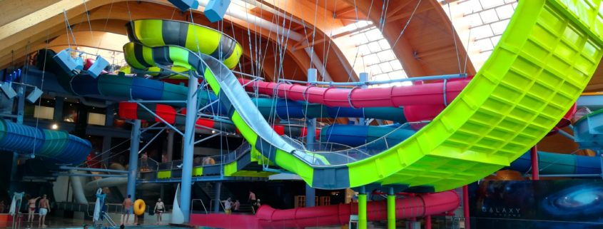Large indoor waterpark