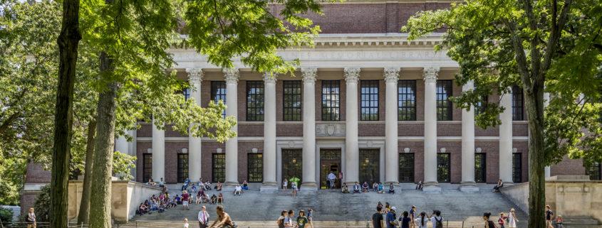 College visit to Harvard University