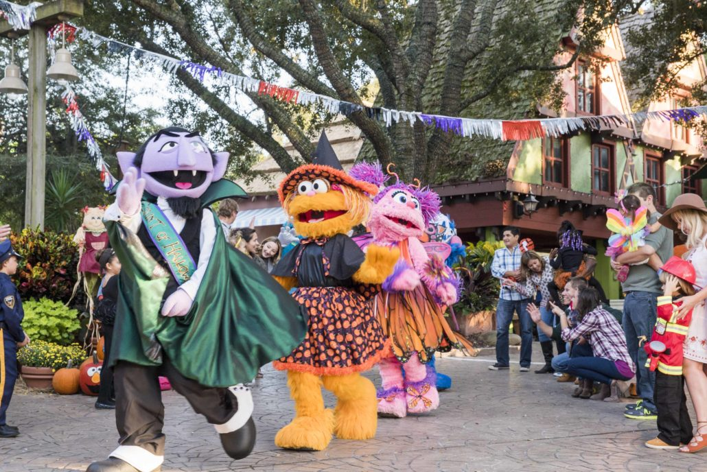 13 unlucky spots to celebrate halloween on the road - Busch gardens williamsburg halloween ...