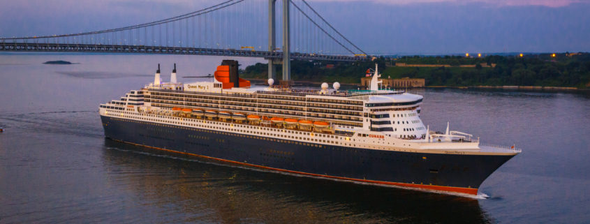 Queen Mary 2 Exterior