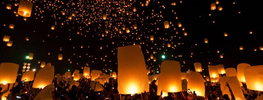 Floating Lantern Festival Loy Krathong Yi Peng Lanna at Chiang Mai Thailand