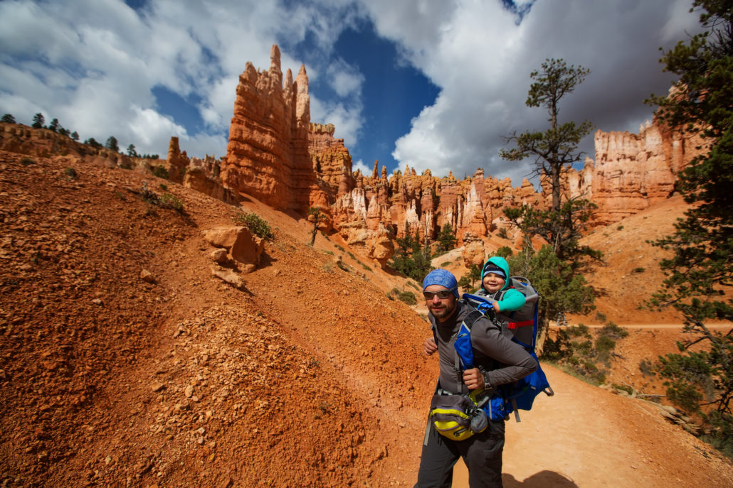 family hiking Utah National Park