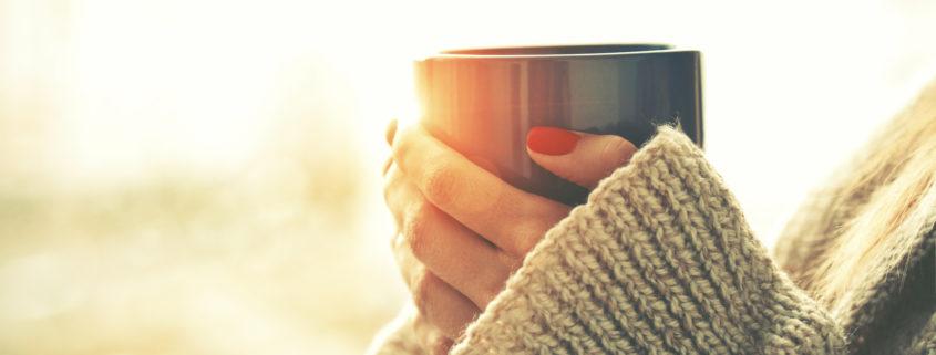 Holding tea