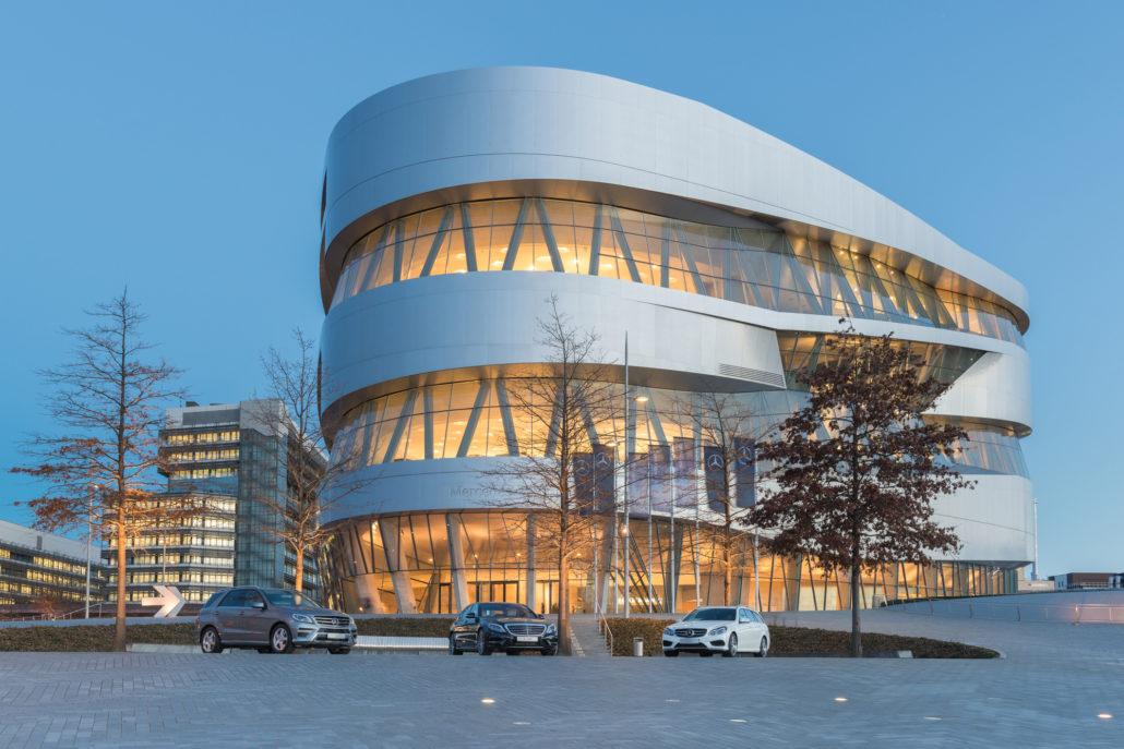 Stuttgart, Mercedes-Benz Museum.