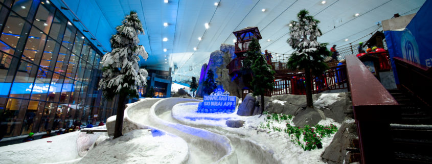 snow in the desert at Ski Dubai