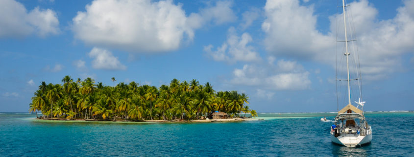 Sailing the San Blas Islands, Panama. Colored, landscape.
