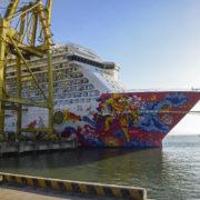 Genting dream cruises