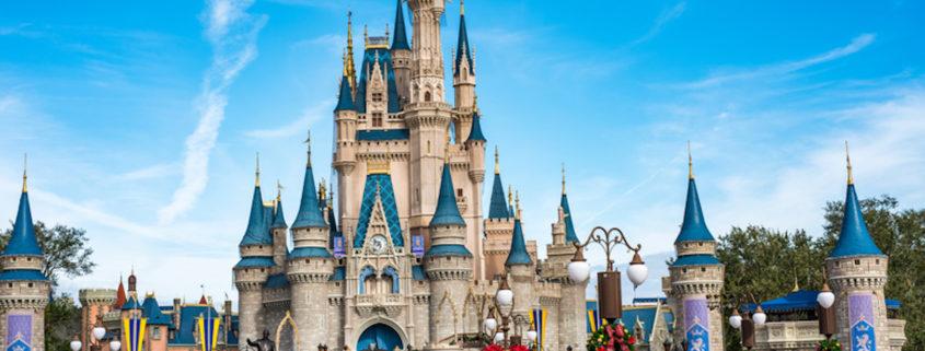 Cinderella's Castle in Magic Kingdom © Michael Gordon | Dreamstime.com