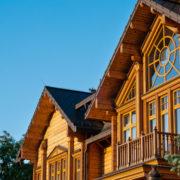 Wooden Cottage © Andrii Kucher-Dreamstime.com