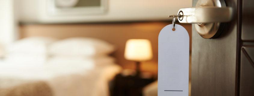 Hotel Room © Dragonimages   Dreamstime.com