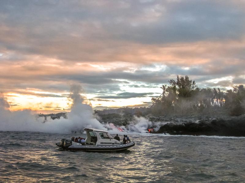 Lava boat tour Kilauea