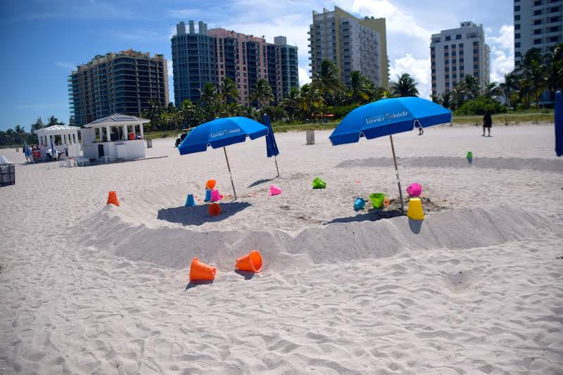 Miami beach day © Rina Nehdar