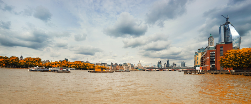 London in the Fall © Anyaivanova | Dreamstime.com