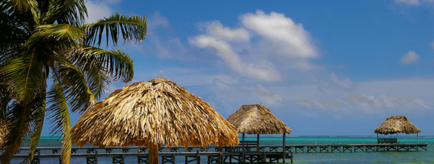 Resort on Ambergris Caye, Belize © Zimmytws | Dreamstime.com