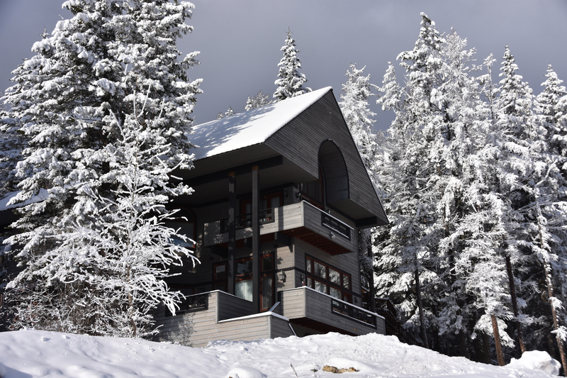 Snowy Whitefish Mountain Resort ski day