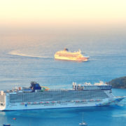 Norwegian Cruise Line in the Caribbean © Songquan Deng | Dreamstime.com