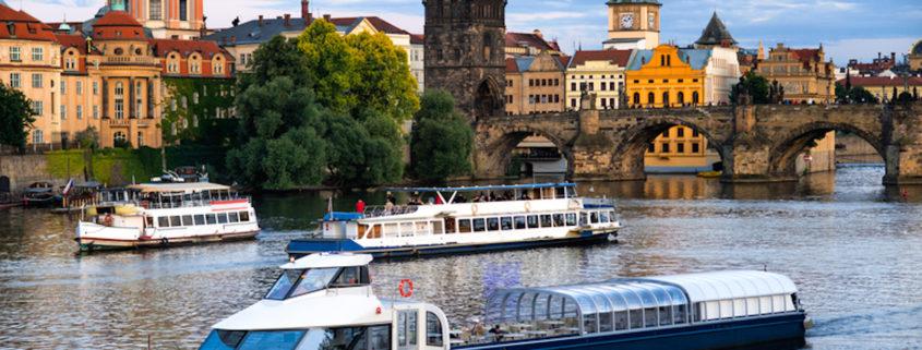 River Cruise, Vltava, Prague, Czech Republic © Mykyta Starychenko | Dreamstime.com