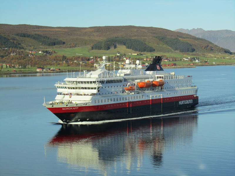 Ship Norwegian Hurtigruten cruising Fjord © Anita Kuipers | Dreamstime.com