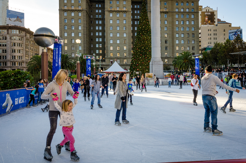 Mother and daughter skating on Union Square ice rink © Lembi Buchanan | Dreamstime.com