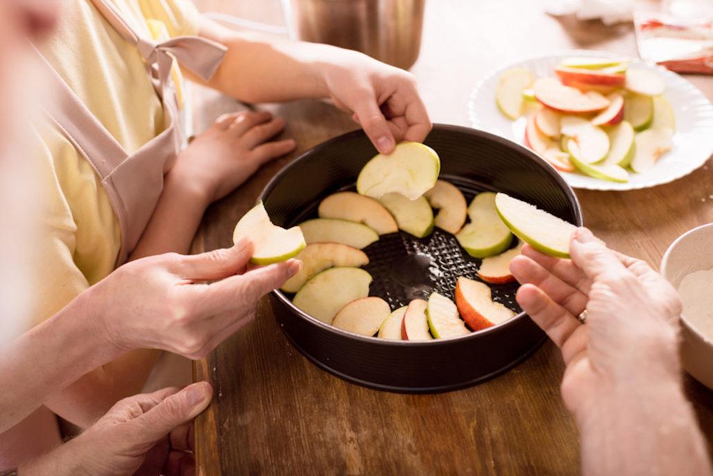 Family baking for holidays together © Lightfieldstudiosprod | Dreamstime.com