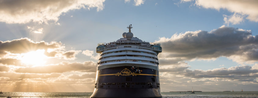 Disney Cruise Line © Michael Gordon | Dreamstime.com