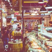 Reading Terminal Market in Philadelphia © Mariusz Prusaczyk | Dreamstime.com