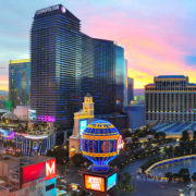 Las Vegas family travel © Hugoht | Dreamstime.com