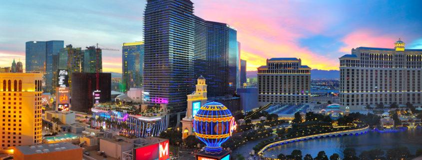 Las Vegas family travel © Hugoht   Dreamstime.com