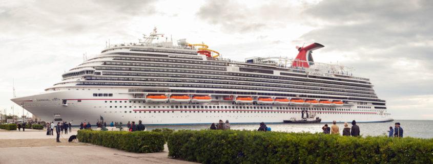 Carnival Cruise Line © Giuseppe Anello | Dreamstime.com