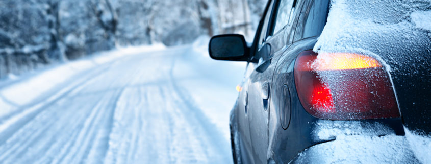 Driving on winter roads © Candy1812 | Dreamstime.com
