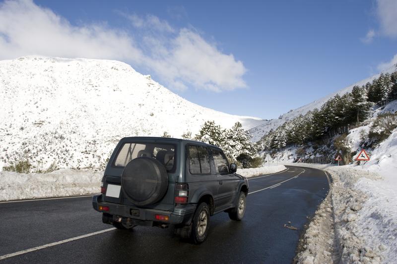 Winter roads © Enruta | Dreamstime.com