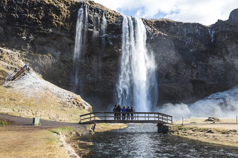 Seljalandsfoss, Hidden Iceland © Norris Niman