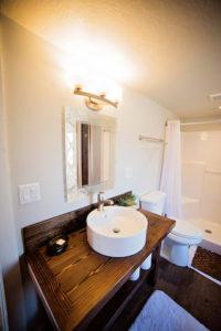 Bathroom in Willow © Escalante Yurts