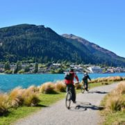 Queenstown, NZ © Haslinda | Dreamstime.com