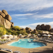 Relaxing by the pool © Boulders Resort & Spa