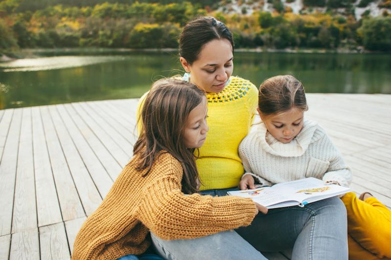 Family spending time together by the lake © Alena Ozerova | Dreamstime.com
