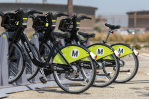 Metro bike share program in L.A. © Sonnenbergshots | Dreamstime.com