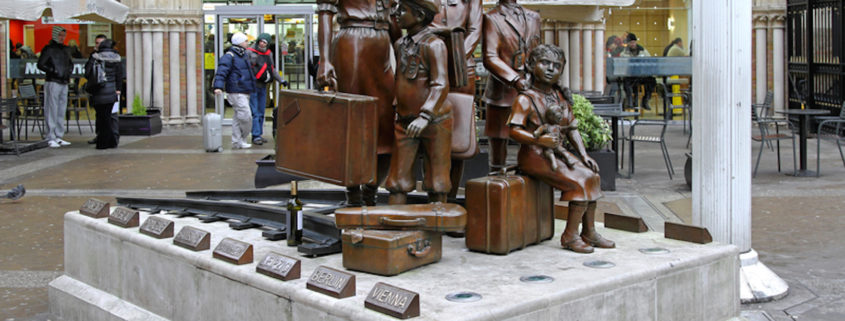 Kindertransport memorial and McDonalds in London © Baloncici | Dreamstime.com