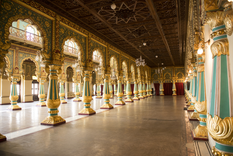 Inside the Mysore Royal Palace © Diego Calvi | Dreamstime.com