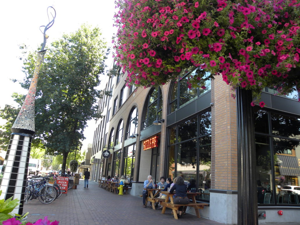 Downtown Eugene © Inn at The 5th