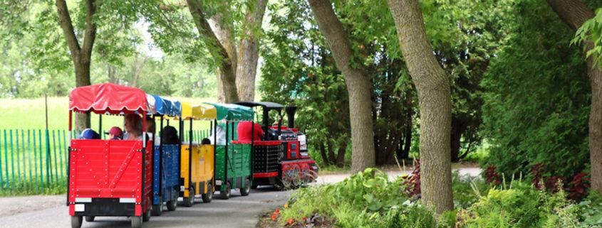 Train with children in the Nature Park, Laval © Barbara Da Silveira Vieira | Dreamstime.com