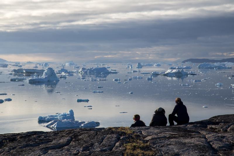 Family in Rodebay, Greenland © Oliver Foerstner | Dreamstime.com
