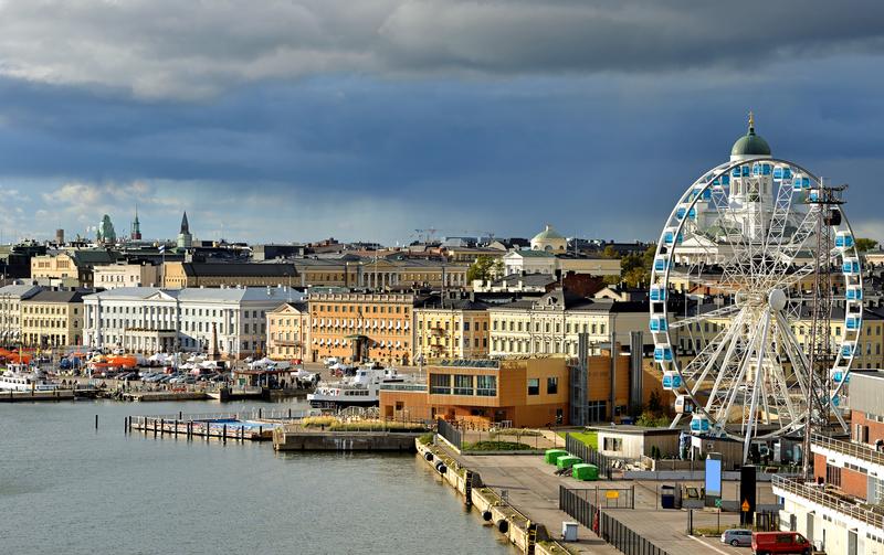 Market and Finnair SkyWheel in Helsinki
