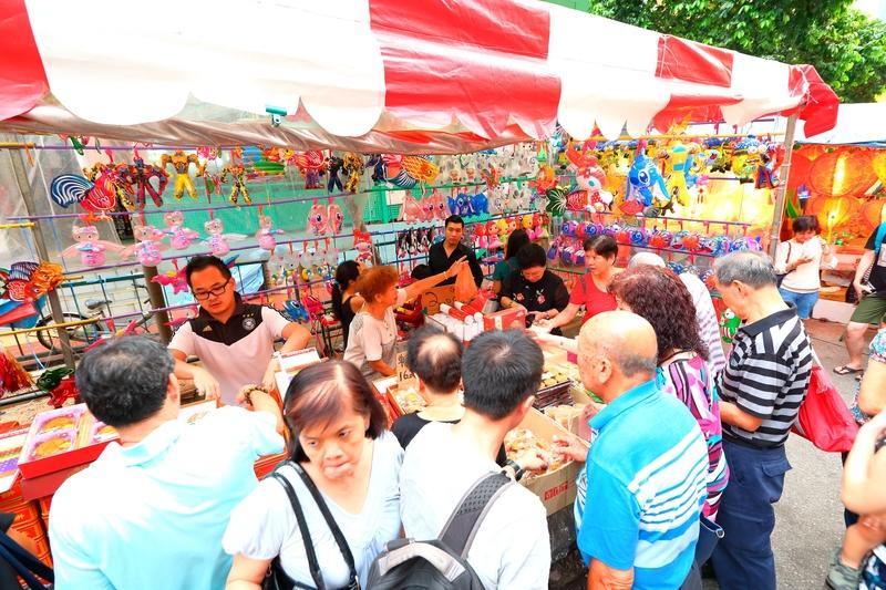 Chinatown Market, Singapore © Naruto4836 | Dreamstime.com