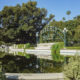Beverly Gardens Park, in Beverly Hills, Los Angeles, California © Chon Kit Leong | Dreamstime.com