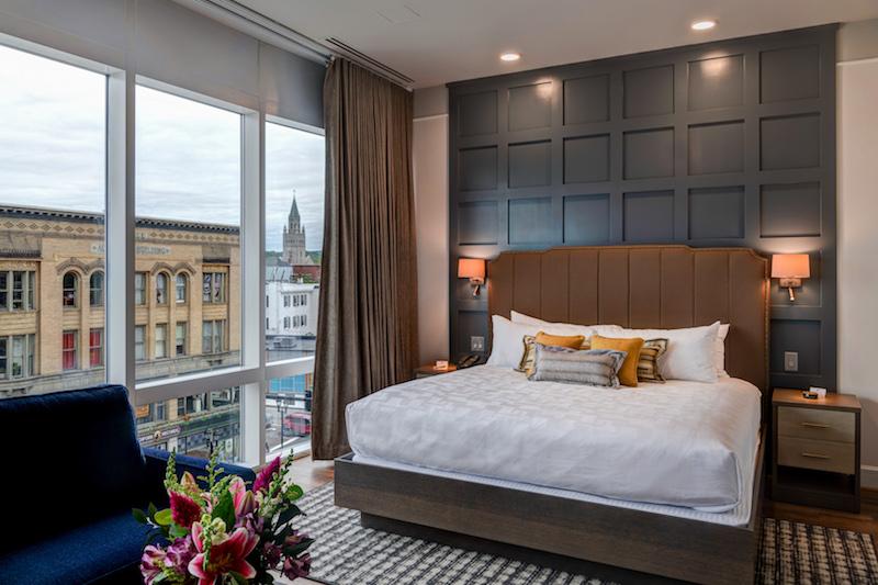 Photo: The Hotel Concord