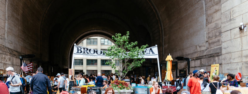 Brooklyn Flea Market in DUMBO. Photo: Jjfarq | Dreamstime.com