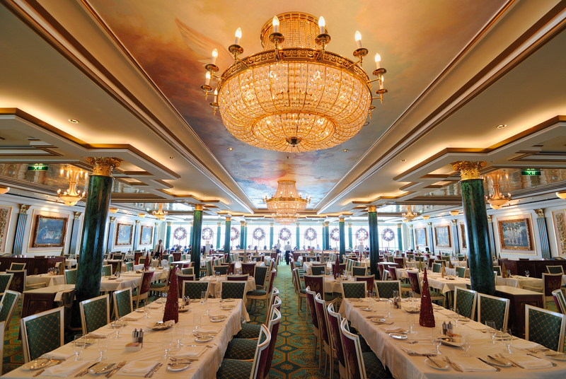 Dining Hall on the Norwegian Cruise Line Pearl.