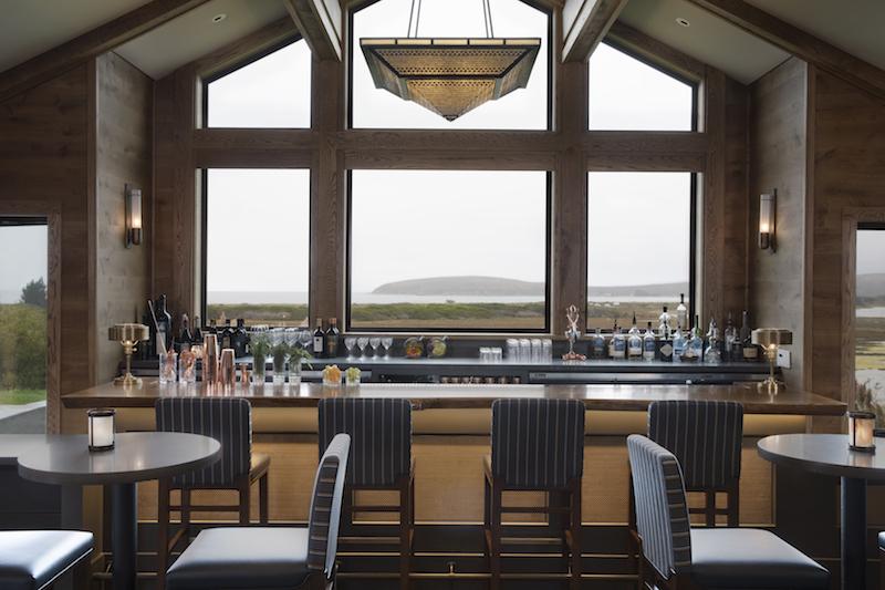 Drakes Fireside Lounge Bar.