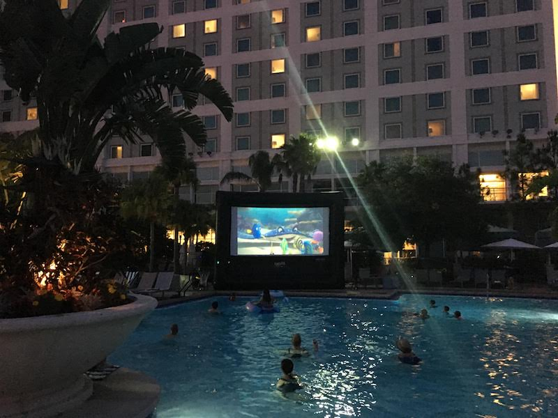 Hilton Orlando - Dive In Movies 3